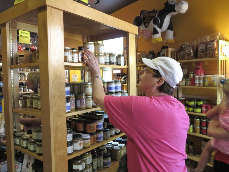 Joan Shops